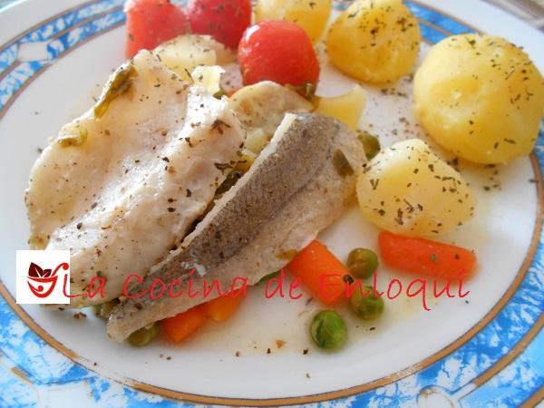 Merluza en papillote pescados y mariscos la cocina de - Merluza a la papillote ...